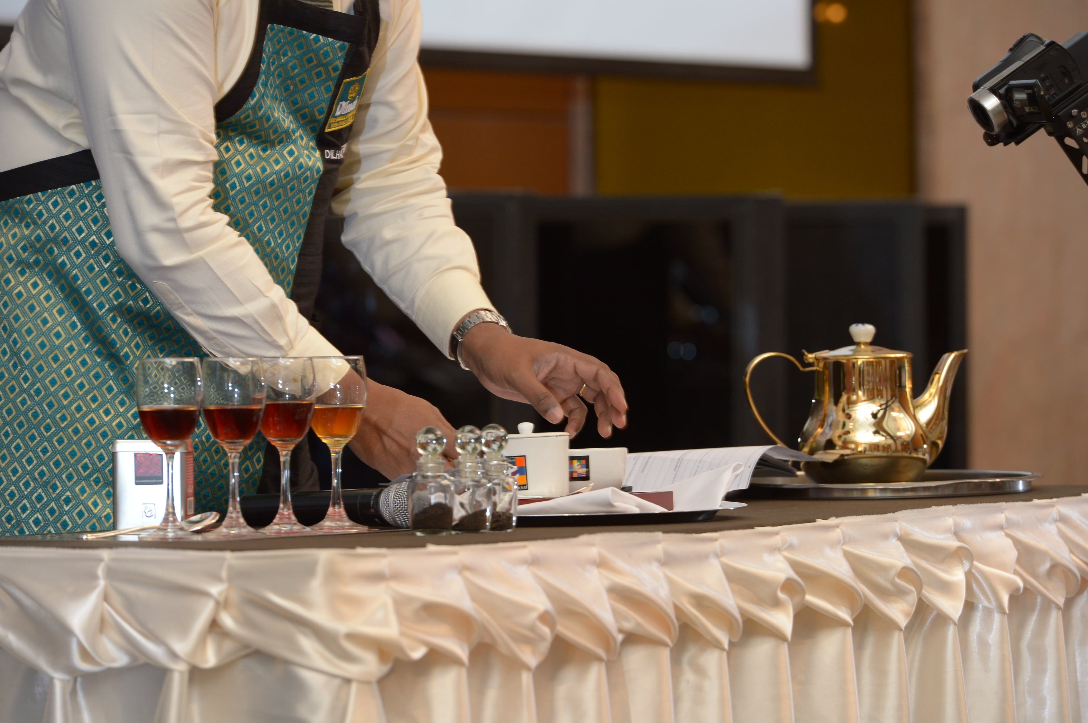 Dilhan C Fernando demonstrating brewing tea