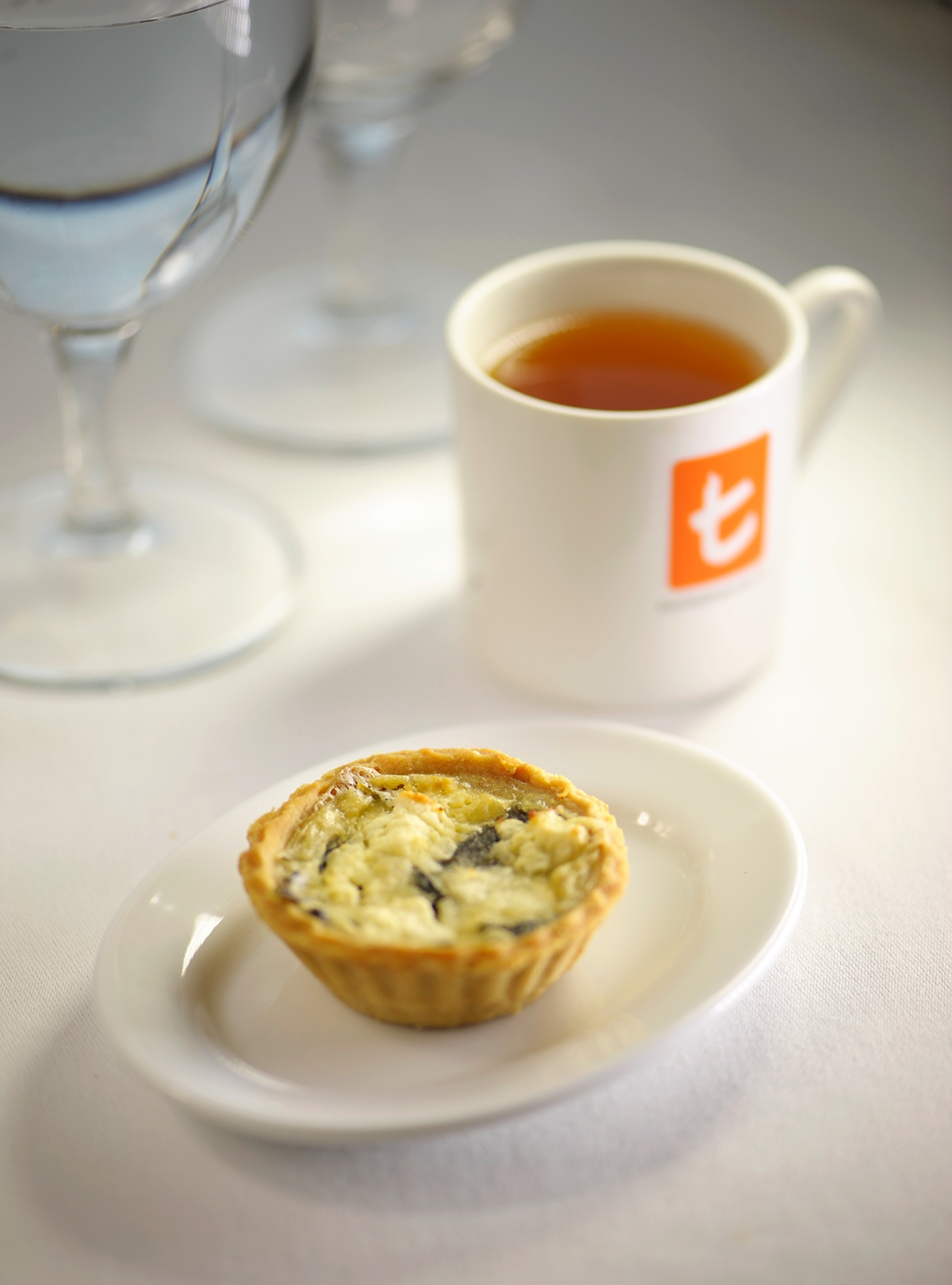 Feta cheese in Spinach pie with Fragrant Jasmine Green tea