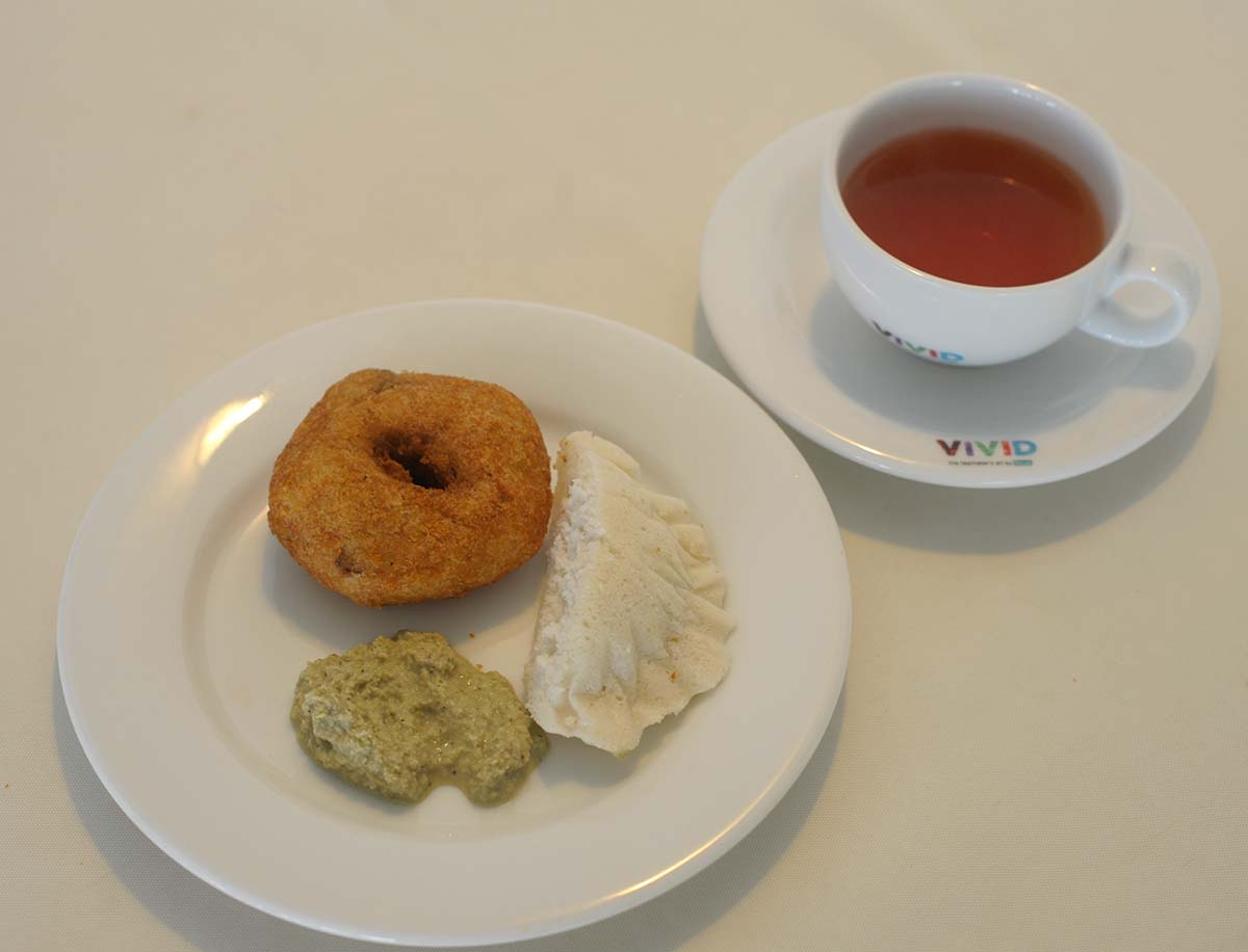 Ceylon tea with Pomegranate and mint with South Indian with Idli & vade